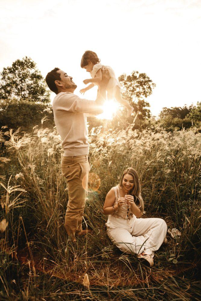 atpūta ģimenei ar bērniem pie dabas latvijā